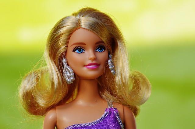 Barbie: une vie en plastique bien rythmée