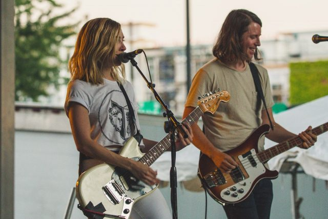 Trouvez un groupe de musique pour votre soirée privée