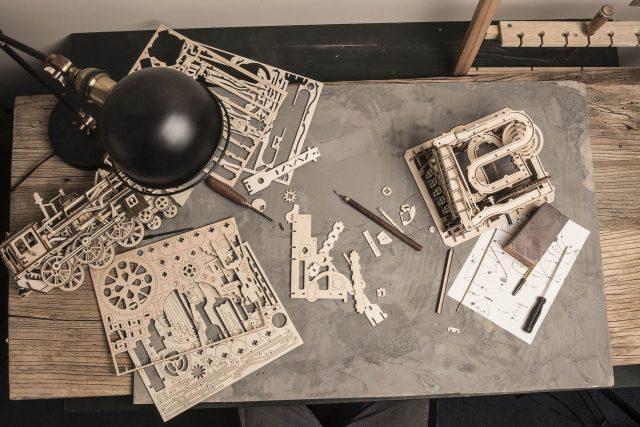 Pourquoi réaliser des puzzles mécaniques en bois ?