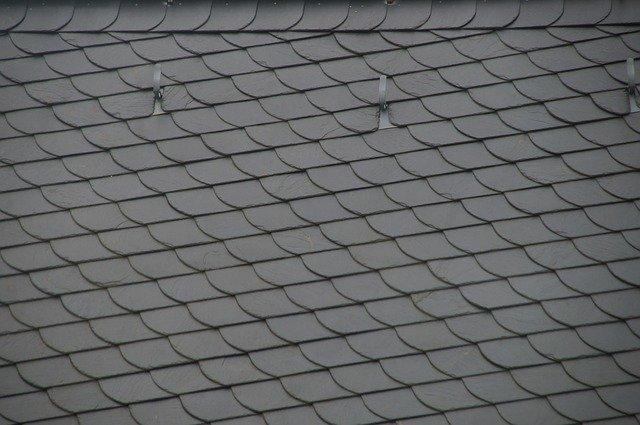 Le meilleur type d'écran de sous-toiture pour protéger votre toiture des éléments
